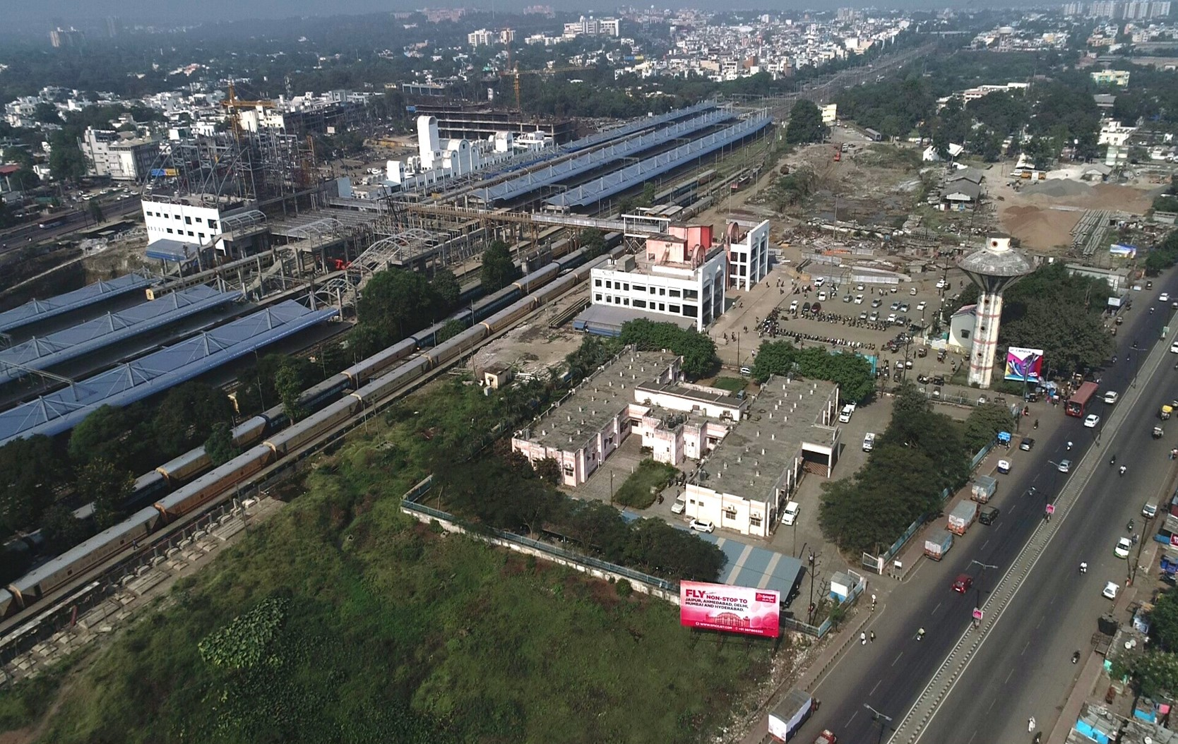 East building, new west building and Air Concourse at Habibganj Railway Station