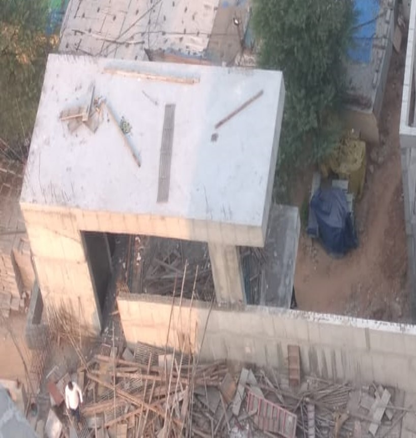 Extended portion Valet Lift V2 at Gandhinagar Railway Station